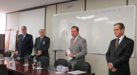 Sincor-SP entrega as primeiras Carteiras Profissionais aos corretores de seguros de São Paulo