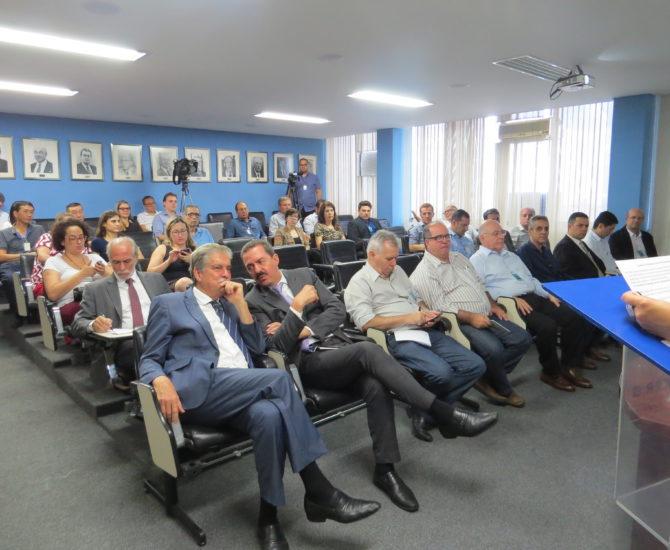 Comissão Rural comemora subsídio para o seguro com a presença de lideranças políticas