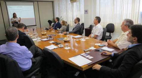 Comissão de Transportes do Sincor-SP reúne especialistas para discutir melhorias no setor